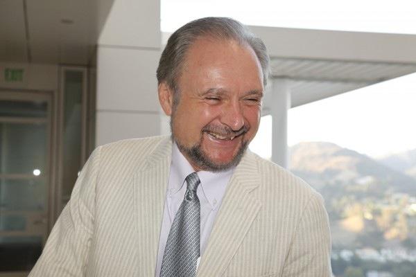 Robert E. Buswell Jr.